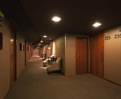 Indoors Conqueridor Hotel