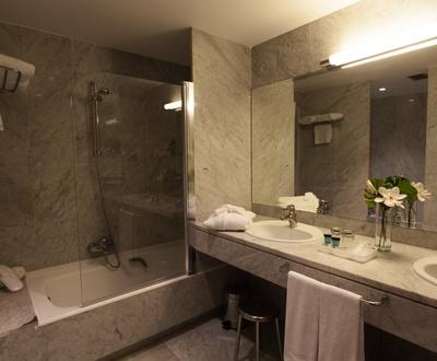Bathroom Conqueridor Hotel