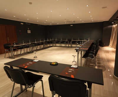 Meeting Room Conqueridor Hotel